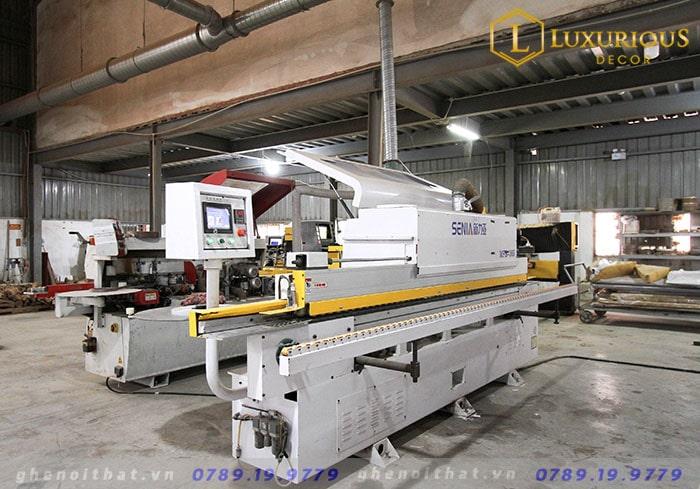 Hình ảnh máy móc của xưởng ghế Luxurious
