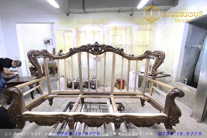 Sản xuất ghế Sofa tân cổ