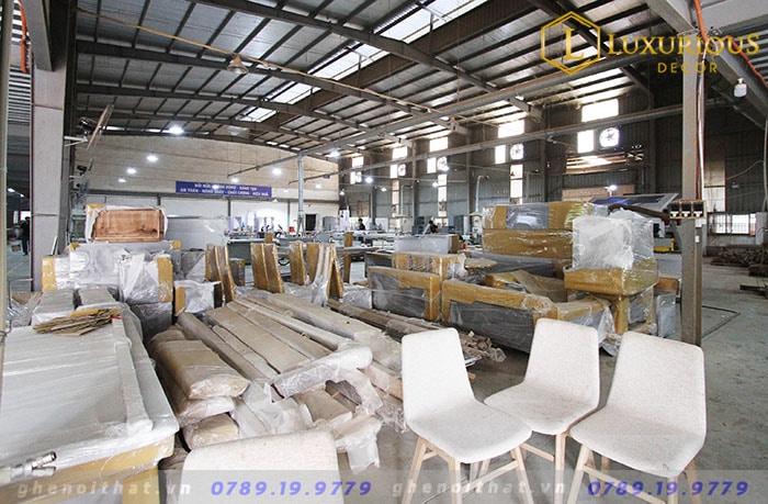 Xưởng sản xuất bàn ghế nội thất Hà Nội