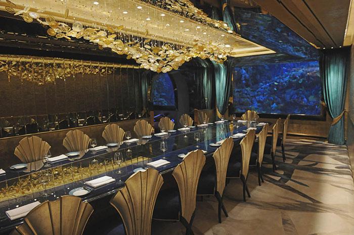 Ghế ăn La Croisette trong nhà hàng