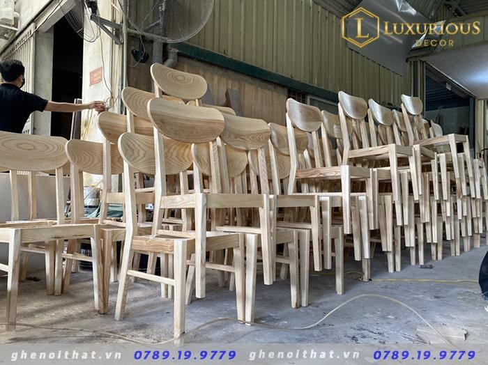 Hình ảnh xưởng sản xuất bàn ghế