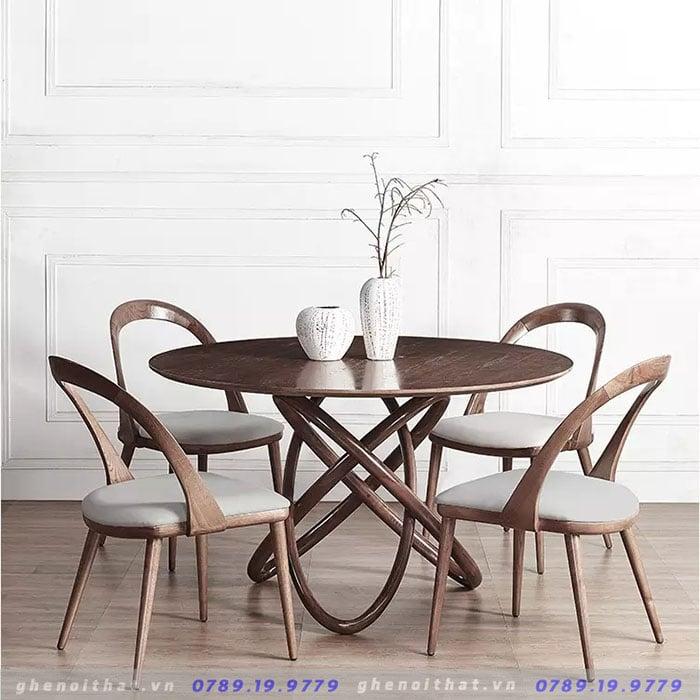 Mẫu bàn ăn tròn gỗ sồi nhập khẩu tại Luxurious Decor