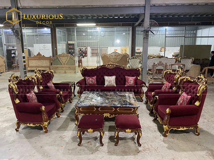 Bộ Sofa phòng khách dát vàng
