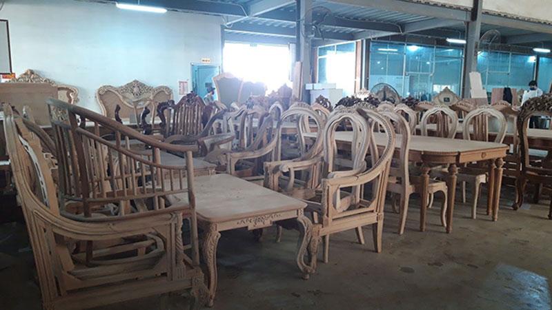 Sản xuất bàn ghế tân cổ điển sang trọng