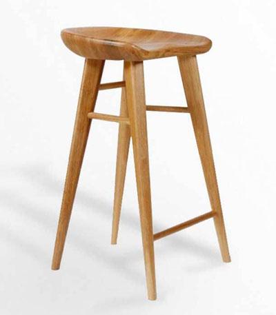 Ghế bar chân gỗ Roger