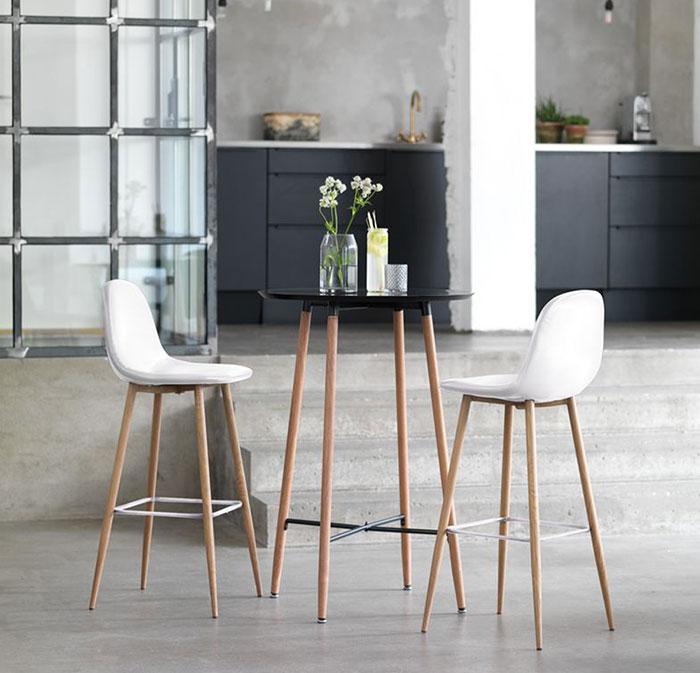 Mẫy ghế bar chân gỗ hiện đại Jonstrup