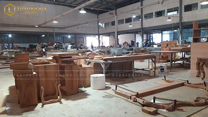 Xưởng sản xuất bàn ghế Luxurious Decor