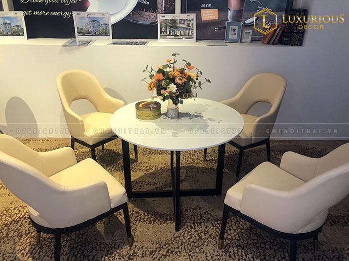 Bộ bàn 4 ghế chân sắt tròn